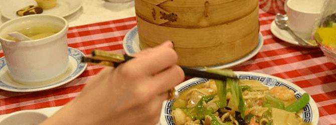 中華料理屋にて
